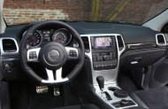 Jeep Grand Cherokee SRT Limited Edition - kokpit