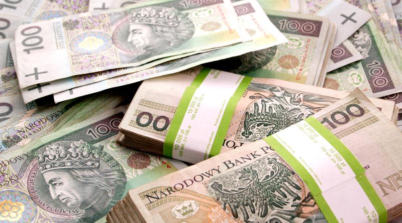 Darowizna z zagranicy dla cudzoziemca mieszkającego w Polsce - co z podatkiem?
